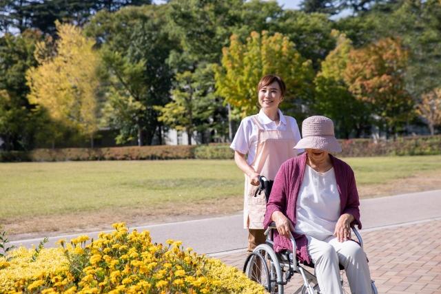 捻挫には応急処置を、大阪ウェルネス訪問マッサージにお任せください